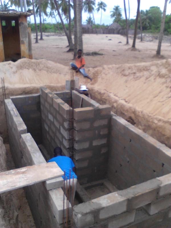 latrines 3