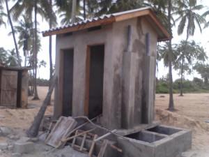 2 latrines Cielo